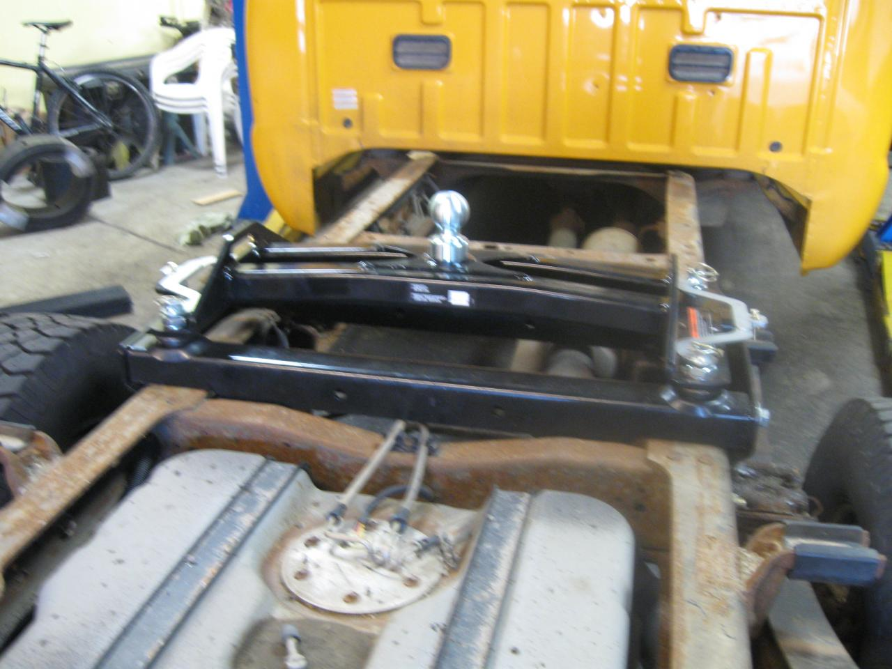 Fifth Wheel To Gooseneck Hitch >> Hitches & Trailer Equipment