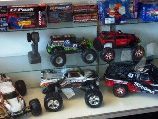 Traxxas RC Cars and Trucks |